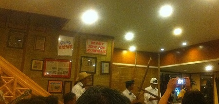 マニラのレストラン.jpg
