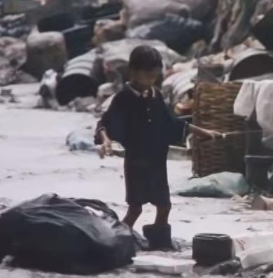 ゴミ捨て場の子供達.png